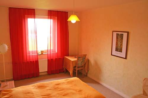 Liebevoll eingerichtete Einzel- und Doppelzimmer